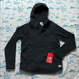 The North Face Womens Crescent Hooded Pullover